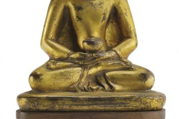 A GILT BRONZE FIGURE OF AMITABHA BUDDHA