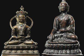 A BRONZE FIGURE OF BUDDHA AMITAYUS