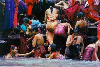 Ritual bath in the Baghmati river, Kathmandu, Nepal