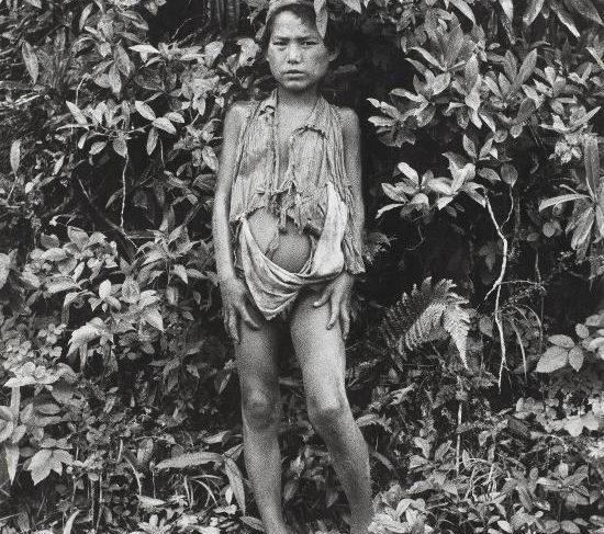 Jeune garçon dans la jungle, Népal(Young boy in the jungle, Nepal)